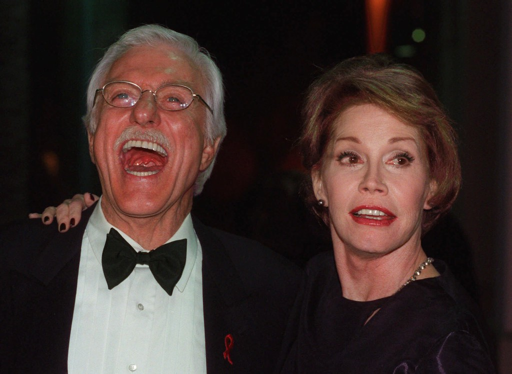 ". Actor Dick Van Dyke, has a laugh with actress Mary Tyler Moore at the 14th Annual TV Academy Hall of Fame Awards in the North Hollywood section of Los Angeles Saturday night, Feb 27, 1999.  Van Dyke and Moore had co-starred for several years on the ""Dick Van Dyke Show.\""  (AP Photo/ E.J. Flynn)"