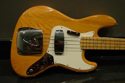 1975 Fender Jazz