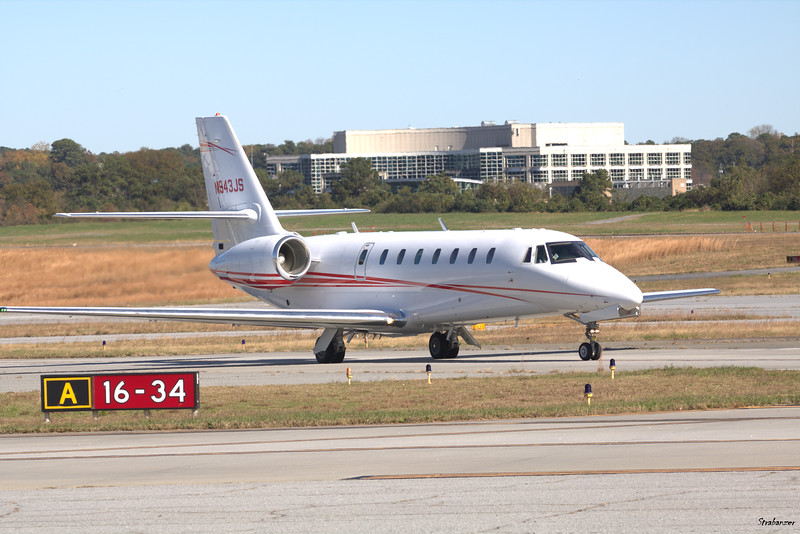 Cessna 680 Citation Sovereign c/n  680-0046 N943JS  FE46 LLC Dekalb Peachtree (KPDK), Ga, 11/16/2020, Departing for Savannah  This work is licensed under a Creative Commons Attribution- NonCommercial 4.0 International License.