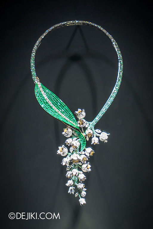 Van Cleef & Arpels: The Art and Science of Gems / Emerald leaves