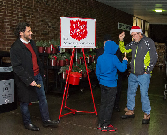 12/09/19 Wesley Bunnell | Staff State Senator Gennaro Bizzarro, L, and State Rep. William Petit Jr. , R, collected for the Salvation Army outside of the Corbin Ave Stop & Shop on Monday evening.