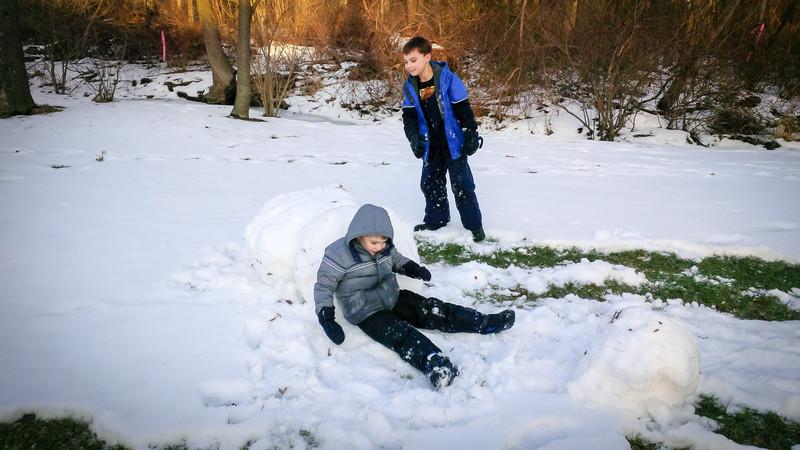20140201_boys_snow_00000024.jpg