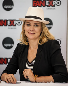 Laurie Holden (Aug. 2014)