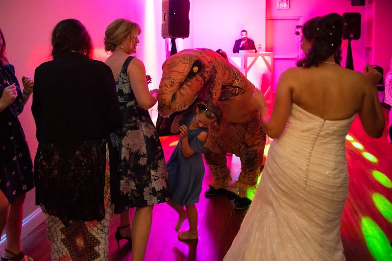 Fraizer Wedding the Reception (190 of 199).jpg