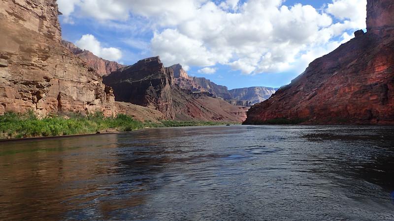 P5070744 river scene.jpg