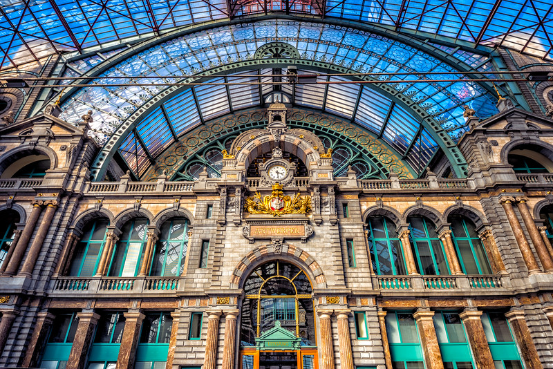Antwerp-Station-Facade.jpg