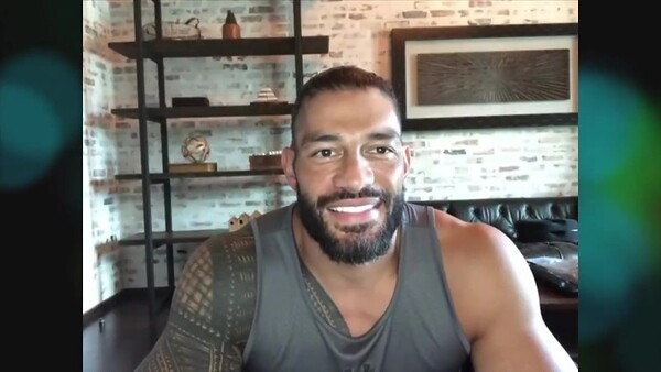 Roman Reigns - Screencaps Live Stream / WWE & Hyundai