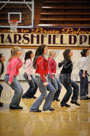 Marshfield vs North Bend - Varsity Basketball - Dec 18, 2009