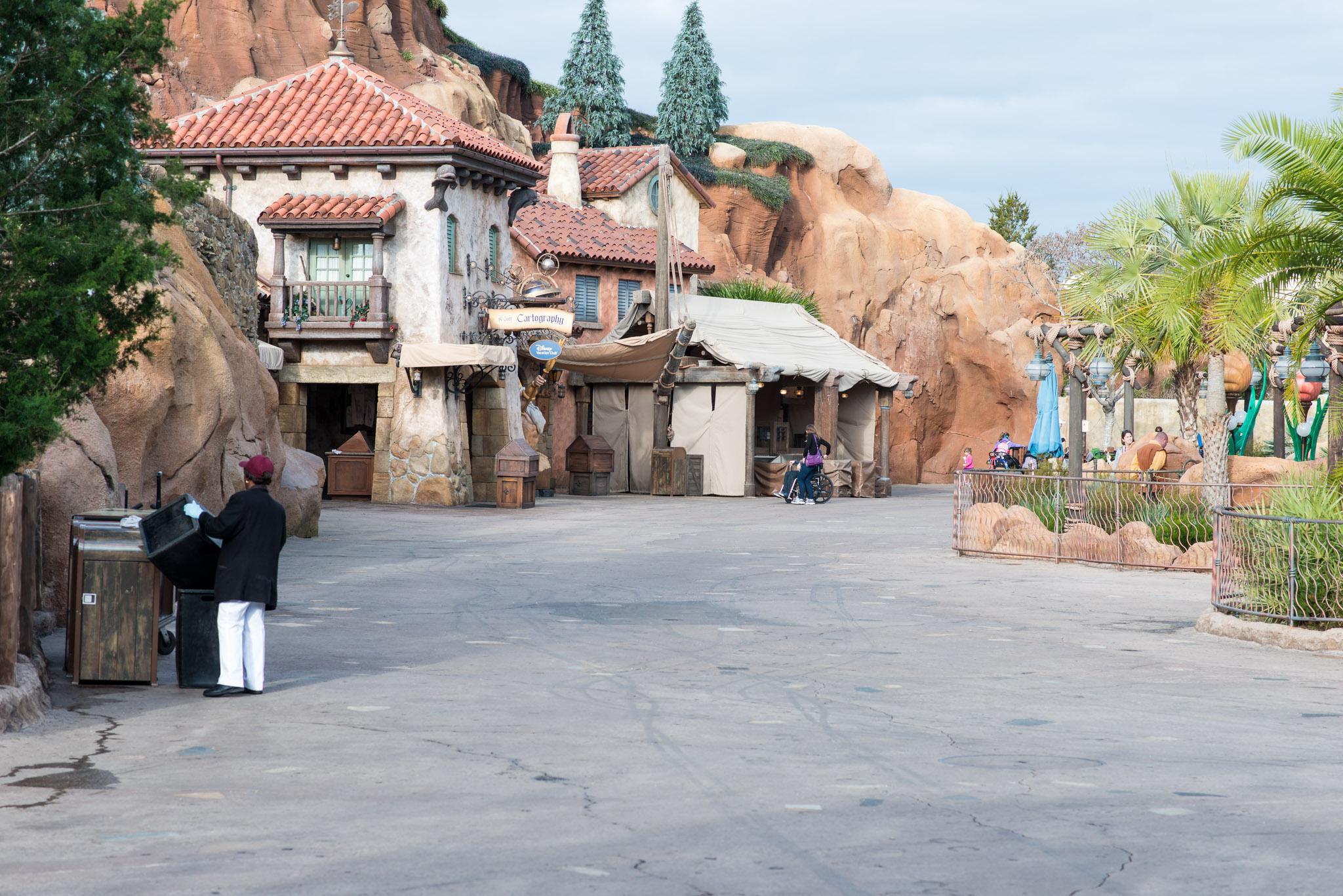 Little Mermaid No Crowds - Walt Disney World Magic Kingdom
