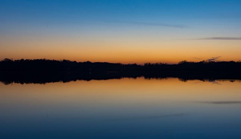 Sunset-WingfootLakeDec3b.jpg
