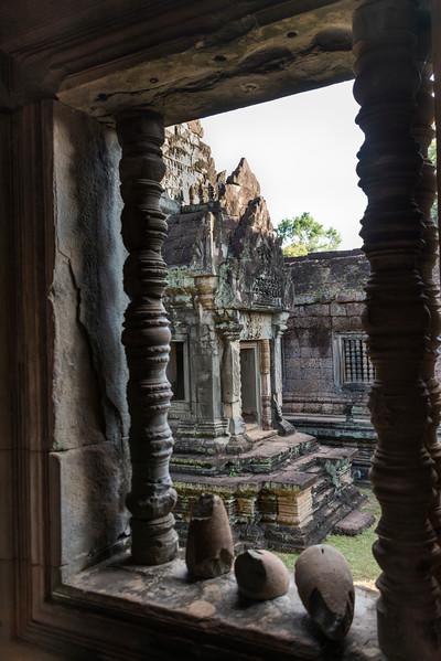 Ruins of Hindu temple in Angkor Wat style, Banteay Samre, Siem Reap, Cambodia