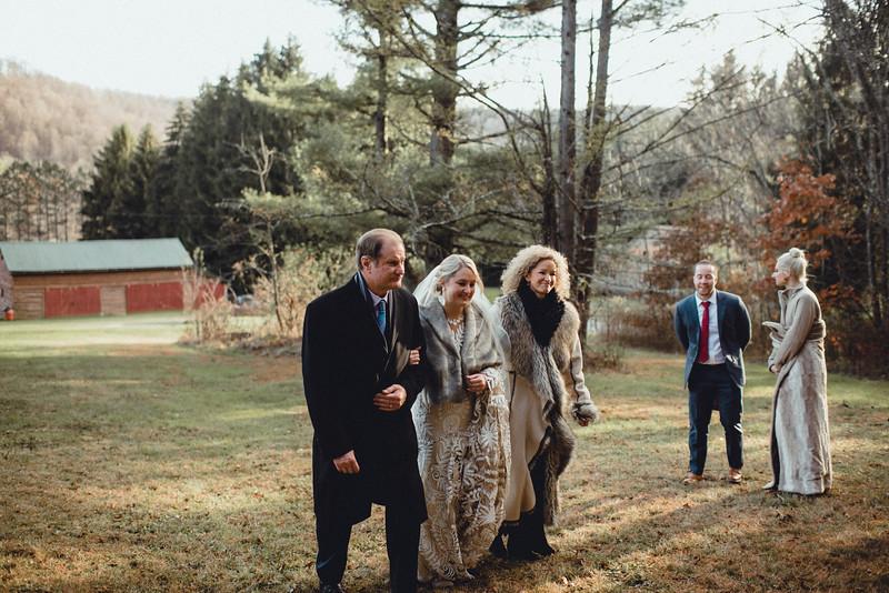 Requiem Images - Luxury Boho Winter Mountain Intimate Wedding - Seven Springs - Laurel Highlands - Blake Holly -959.jpg