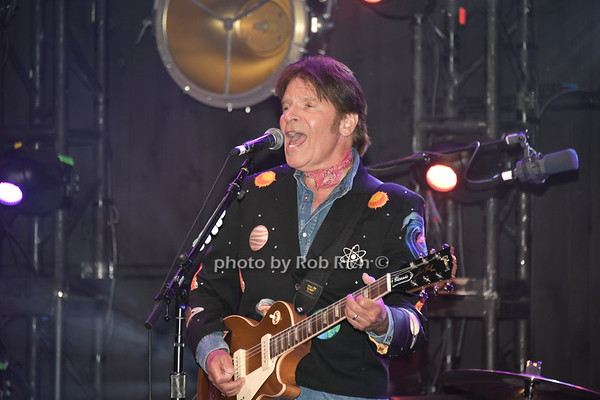 Prostate Cancer Foundation Gala with John Fogerty from Creedence Clearwater Revival at the Parrish Arts Museum on 8-25-18. all photos by Rob Rich/SocietyAllure.com ©2018 robrich101@gmail.com 516-676-3939