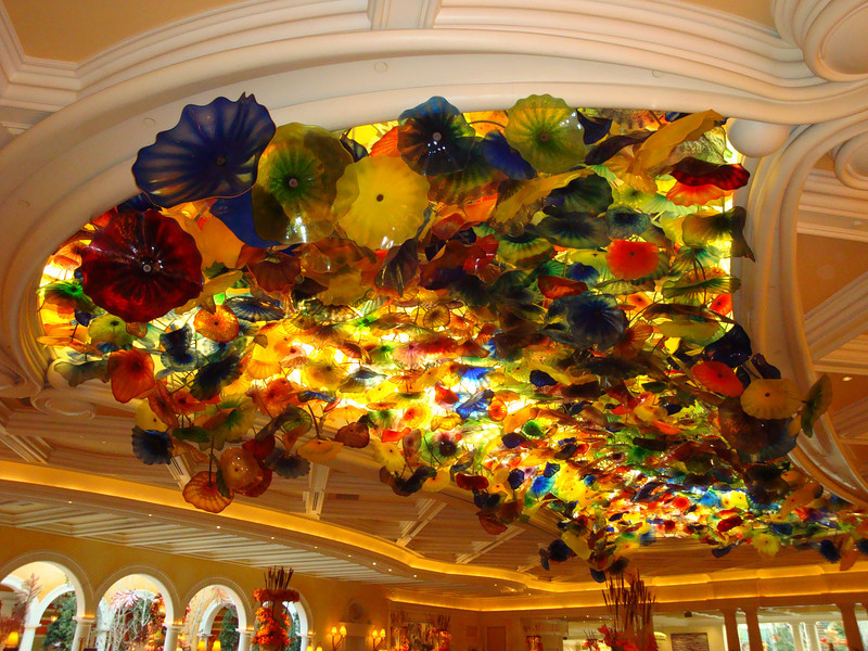 Glass flower ceiling inside the lobby of the Bellagio. This is the same artist that did the glass sculpture in the Milwaukee Art Museum. She also has other work throughout the Bellagio.