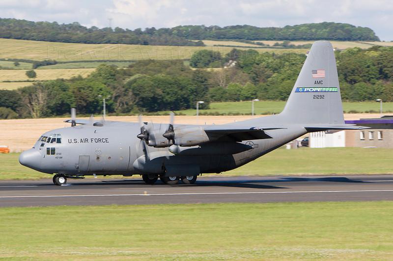 72-1292. Lockheed C-130E Hercules. USAF. Prestwick. 230707.