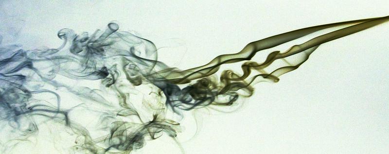 Smoke Trails 4~8424-2w.