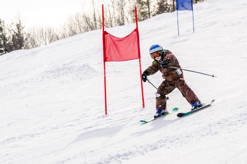 Standard-Races_2-7-15_Snow-Trails-34.jpg