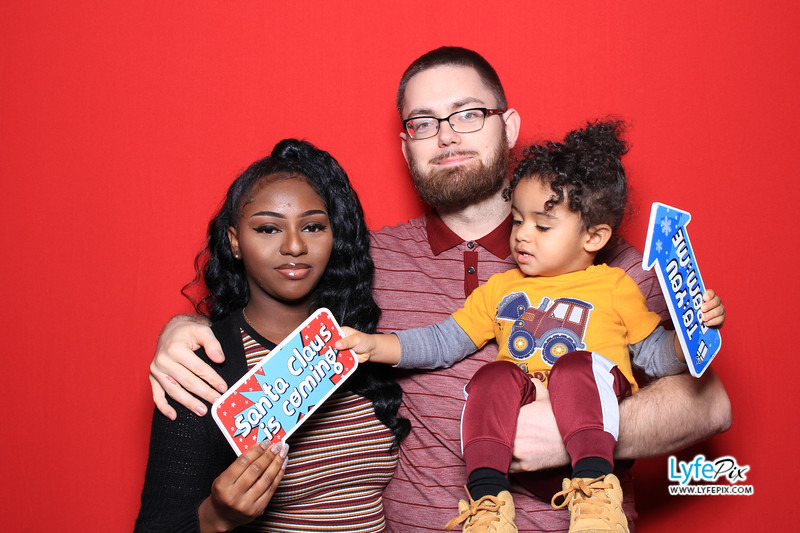 eastern-2018-holiday-party-sterling-virginia-photo-booth-0199.jpg