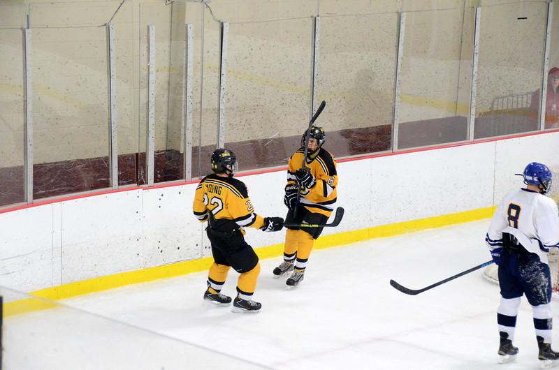 141004 Jr. Bruins vs. Boston Bulldogs-092.JPG