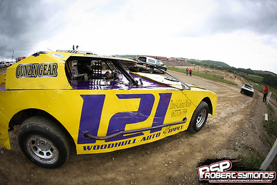 Woodhull Raceway - August 19, 2017 - Robert Symonds
