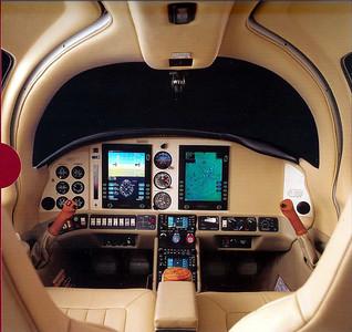 N2522F - Columbia 400