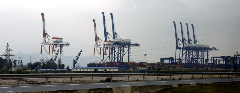 The Cargo Cranes for unloading/loading ships+