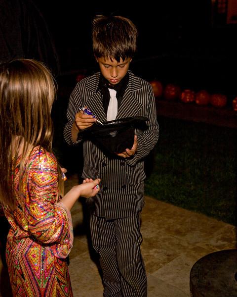Halloween at Mels - 130.jpg