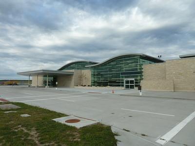 Airport & Four Seasons Hotel - October 2017