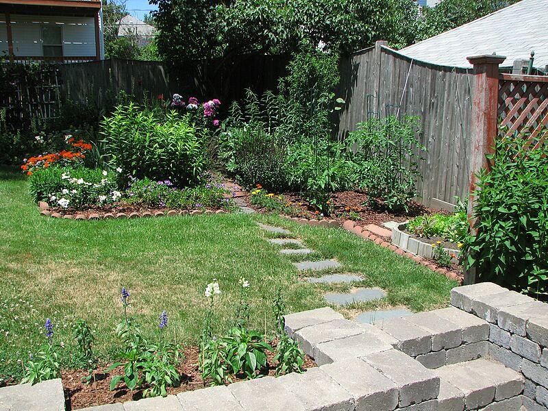 garden-2007-06-0596_std.jpg
