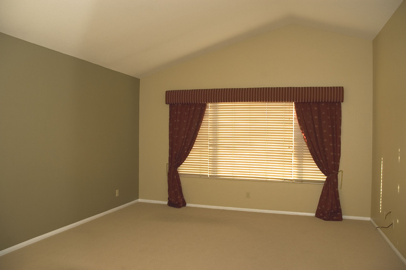 susie_10821master bedroom am valance2.jpg