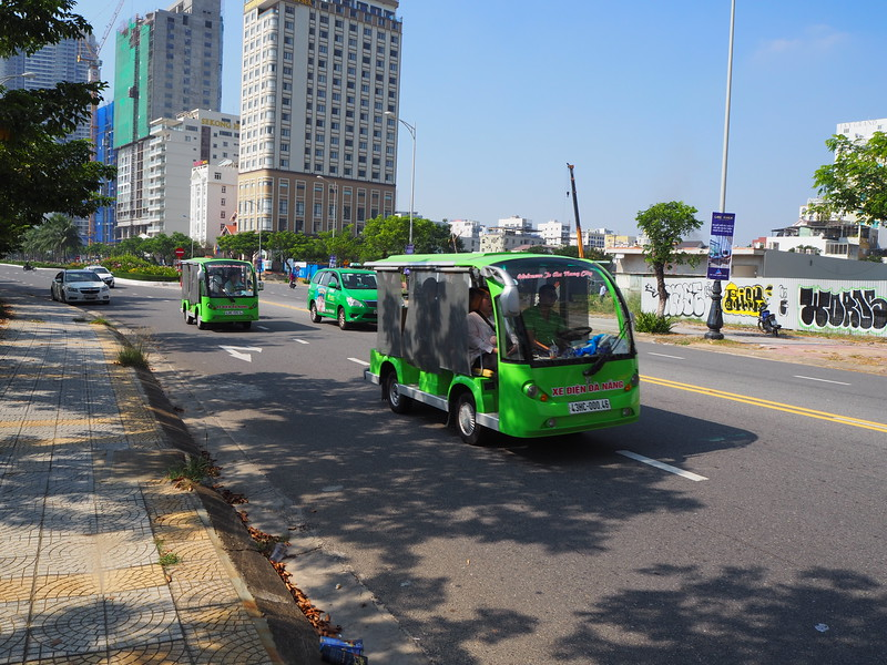 PA090010-electric-transport.JPG