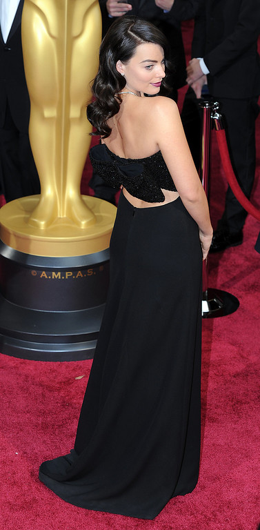 . Margot Robbie attends the 86th Academy Awards at the Dolby Theatre in Hollywood, California on Sunday March 2, 2014 (Photo by John McCoy / Los Angeles Daily News)