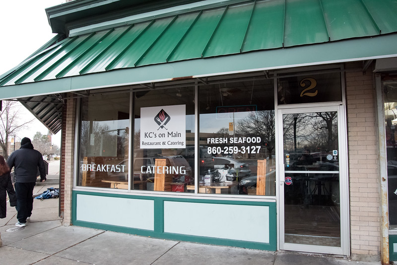 01/02/19  Wesley Bunnell | Staff  KC's on Main St. restaurant which had its ribbon cutting ceremony last March 27th has closed for business.
