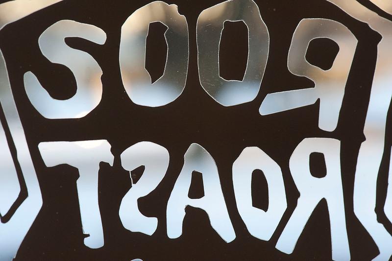 Roos-sign.jpg