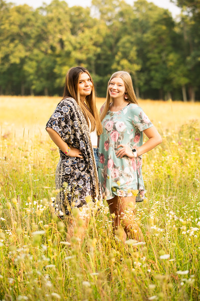 Mady and Paige Best Friend Session Summer 2021