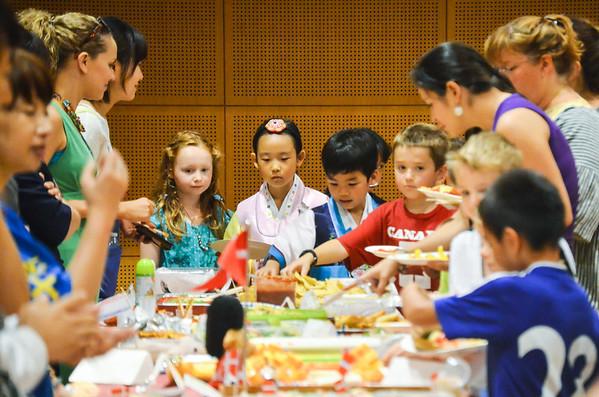 2014-15 Grade 2 Cross Cultural Lunch