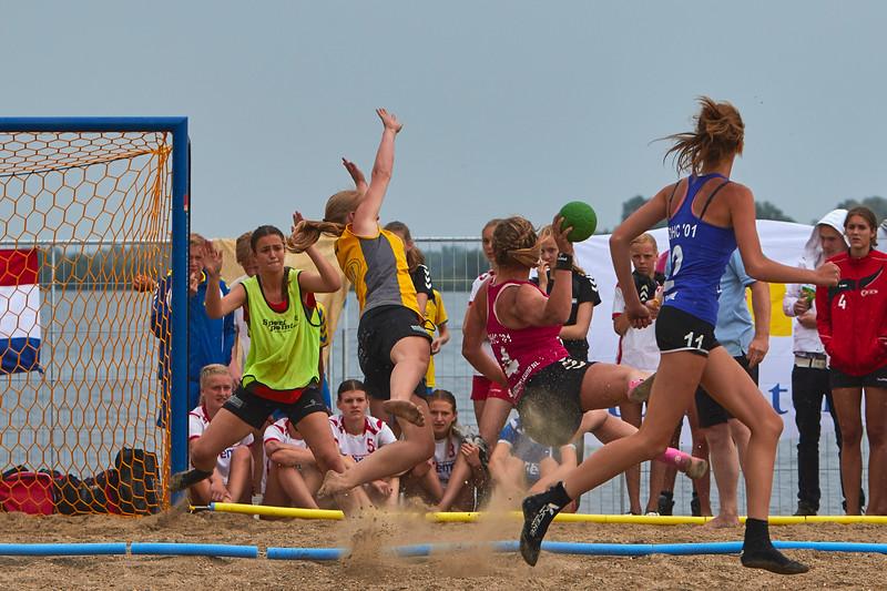 Molecaten NK Beach Handball 2015 dag 2 img 580.jpg