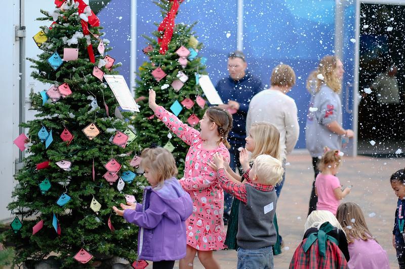 ChristmasOutreach-4016.jpg