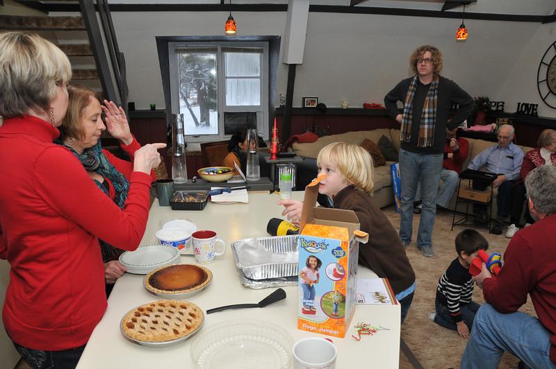 2012-12-29 2012 Christmas in Mora 034.JPG