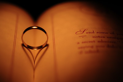 The way a ring can show its love.