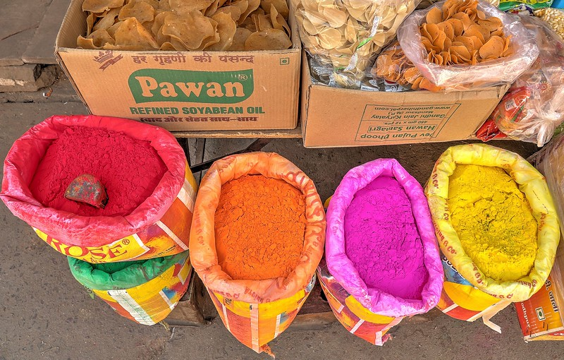 There are lots of other colors in Jodhpur!