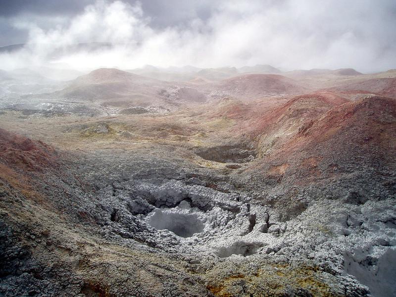 mud-geyser-bolivia-ayuni.jpg