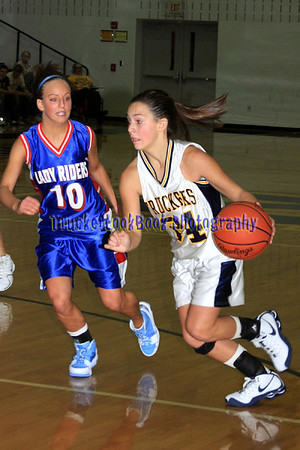 2009 Girls Basketball / Western Reserve JV