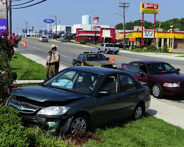 8/16/2010 Single Car Accident on Great Mills Rd