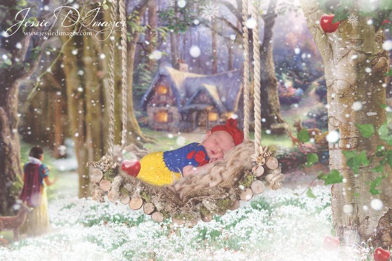 Jessie D Images - Disney Snow White newborn - disney newborn photo.jpg
