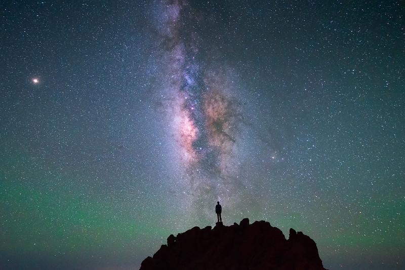 Vistas nocturnas desde el Pico de la Cruz. Uno de los lugares que forman parte de la crestería que rodea al Parque Nacional.