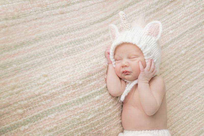 rockford_newborn_photography_O024.jpg