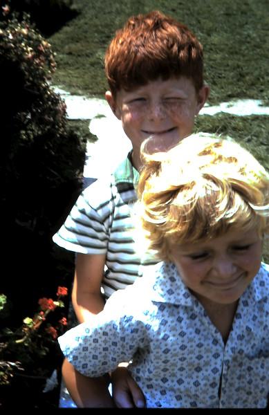 1971-1-27 (19) David 7 yrs 1 mth, Susan 5 yrs 6 mths.JPG