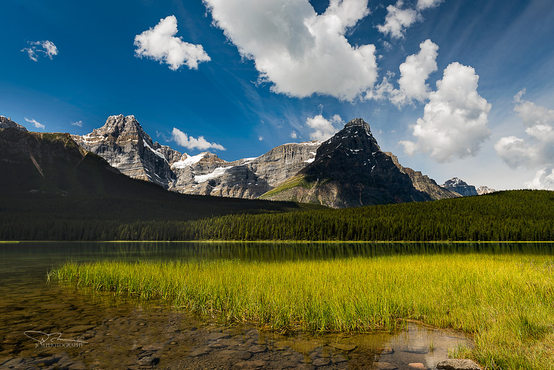 JM8_3012 Upper Waterfowl Lake LPNr2.jpg