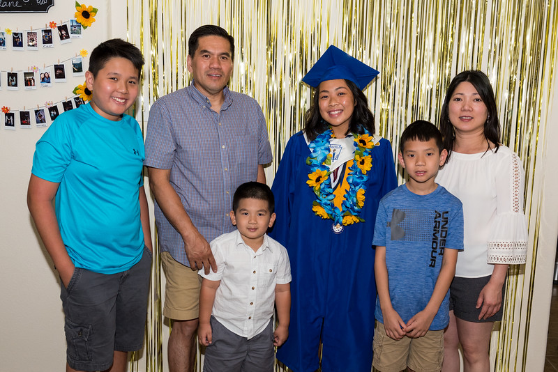 20190602_jenny-hs-graduation_018.JPG